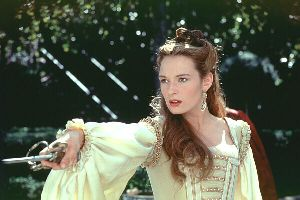 "Catherine McCormack in ""Dangerous Beauty"""